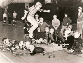 A skateboarding session on the Granwood flooring at the Alfreton Leisure Centre, Derbyshire. Circa 1974